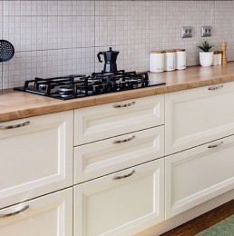 Kitchen Respray Case Study 1